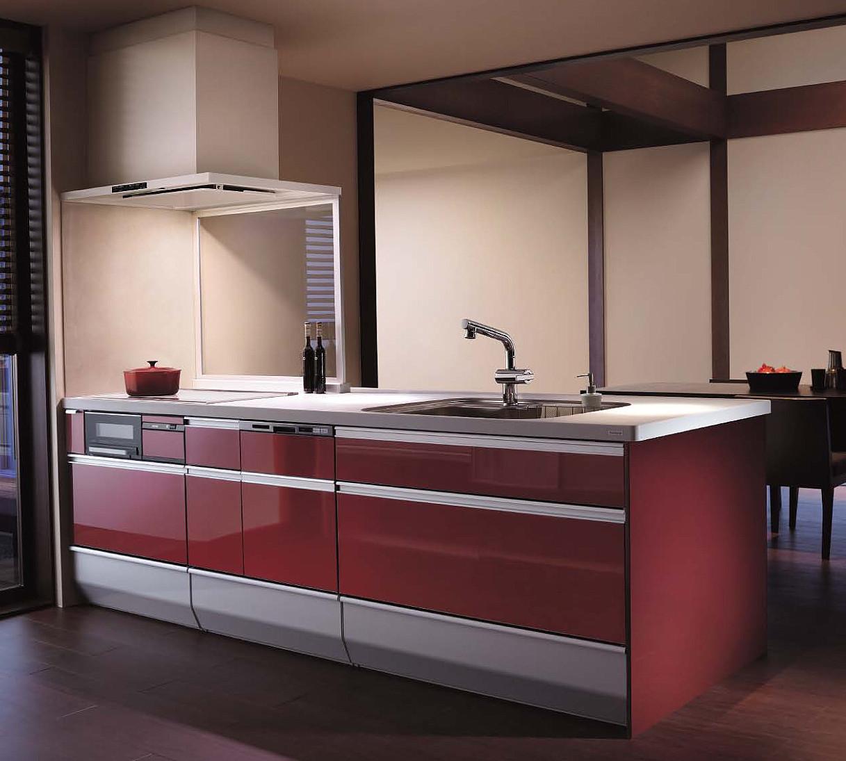 赤い色キッチンのリフォーム事例
