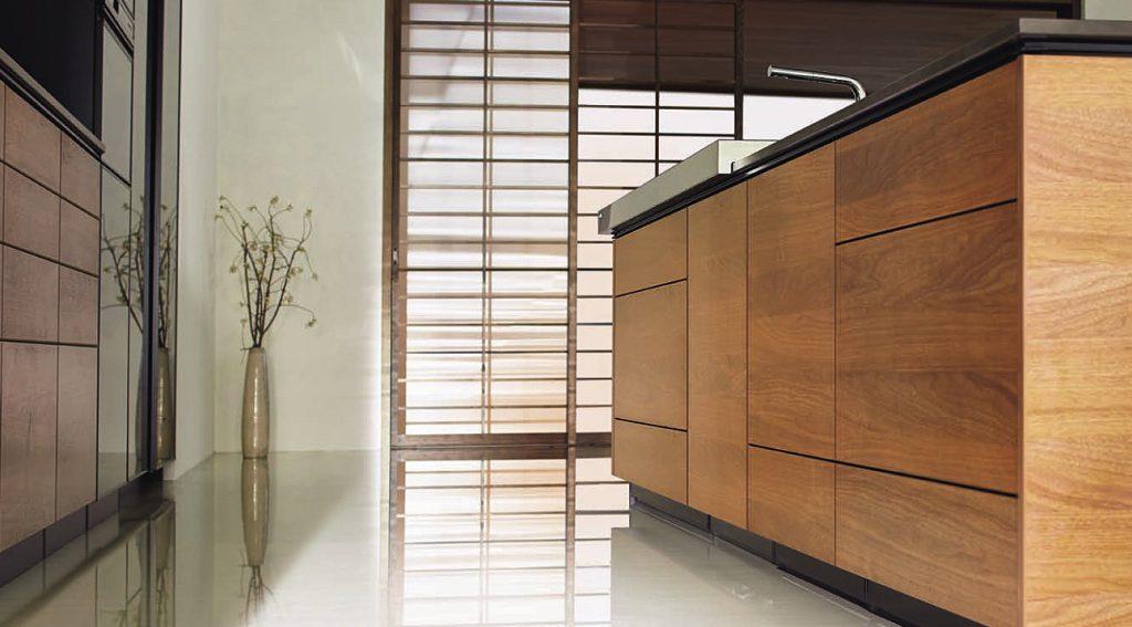 天然木板のキッチン