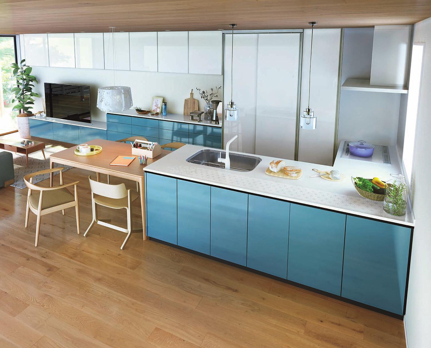 ブルー色のキッチン