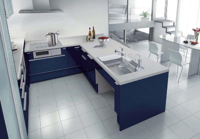 リクシルU字型キッチン